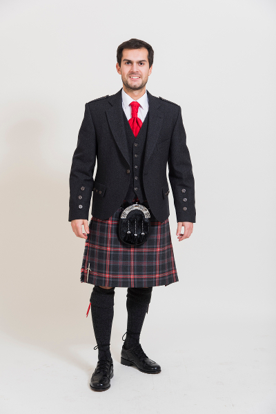 Kilt Outfits to Hire